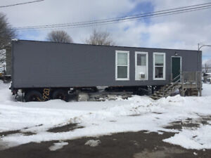Commercial office trailer plus yard space for rent $800