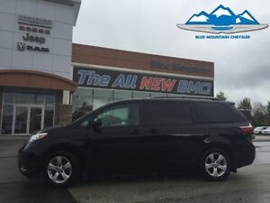 2016 Toyota Sienna LE   ACCIDENT FREE, CERTIFIED/ETESTED, BLUETO