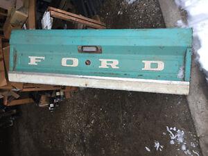 Pristine Ford tailgate