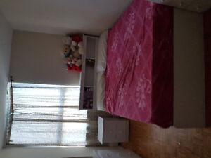 1 year old Queen bedroom set with mattress