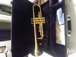 Yamaha ytr2330 trumpet in mint cond.