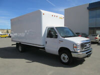 17 ft truck & 2 movers  ** $60 per hour **      902 478 8526