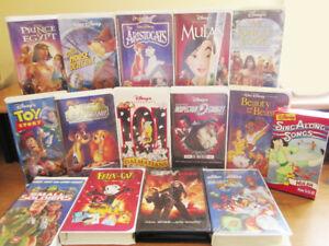VHS Machine + 15 Movies