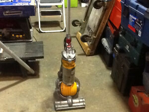 DYSON DC24 Vacuum Cleaner $100