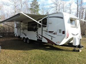 2010 Komfort T285S Trailblazer 32 FT Travel Trailer