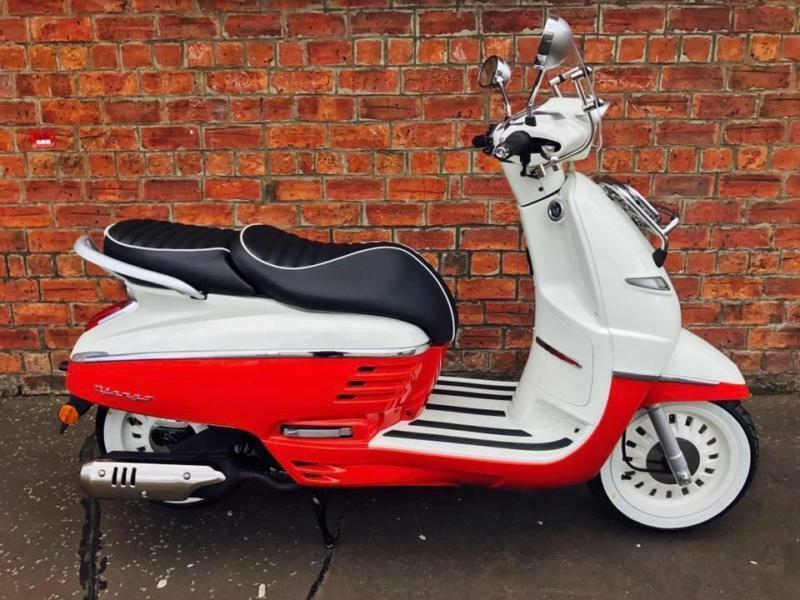 Peugeot Django Evasion 125cc ride this scooter for only £14.71 a week