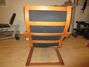 Poang chair from ikea. Black West Island Greater Montréal image 3