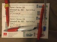 England v Pakistan T20 MANCHESTER 2 X