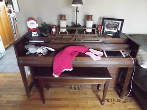 Beautiful apartment size piano reduced to sell