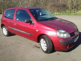 RENAULT CLIO EXPRESSION 1.2,2003,MOT JULY 2017,ONLY 81000 MILES,SERVICE HISTORY,£650!
