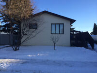 House for Rent in Hardisty with basement suite