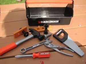 coffre a outils  black & decker Saguenay Saguenay-Lac-Saint-Jean image 1