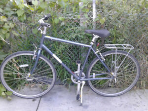 Jamis Commuter Hybrid Bike, Almost Brand New