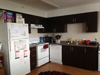 330 All Inclusive May-Aug Sublet King and Columbia
