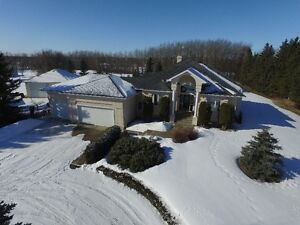 "Acreage Home ""FOR SALE"" in Parkland County 6 min west of Edm"
