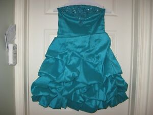 beaded bodice  dress size S,teal blue color,.made in  Canada