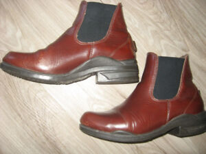 Vintage Mountain Horse Paddock Boots Size 9
