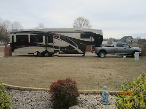 Cedar Creek Touring Edition Fifth Wheel