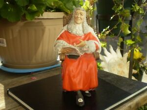 "Royal Doulton Figurine - "" The Judge "" HN2443 Kitchener / Waterloo Kitchener Area image 1"