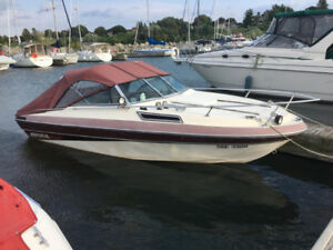 1985 Imperial 20 ft. powerboat