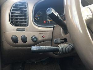2000 Toyota Tundra 5door Pickup Truck
