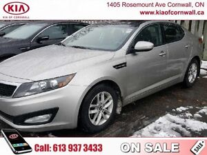 2012 Kia Optima LX+  | Panoramic Roof | Heated Seats | New Brake