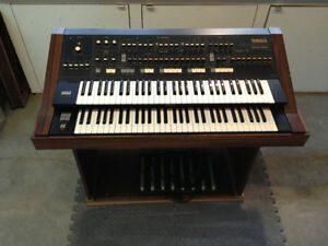 Yamaha Synthesizer Organ Kawartha Lakes Peterborough Area image 1