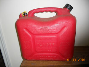 5 GAL. / 23 L  GAS CANS TWO (2) London Ontario image 1