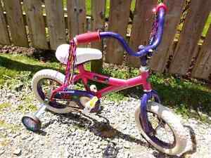 Supercycle Girls Bike With Training Wheels