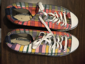 Converse running shoes - plaid