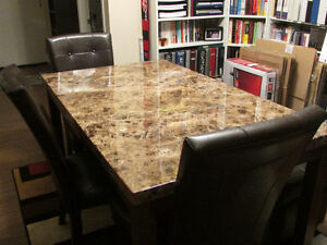 Nice Dining Room Table With 3 Chairs and Tons Of Space! $550