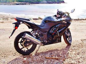 2009 Kawasaki Ninja 250 - Amazing Condition - VERY LOW MILES!!!