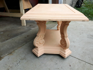 End table or mini coffee table