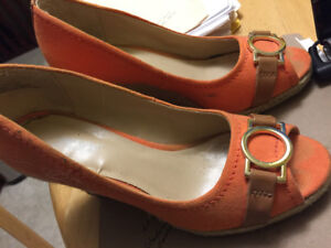 Ladies Size 6 Expression shoes