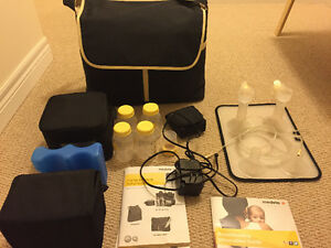 LIKE NEW - Medela double electric pump, Pump in style advanced
