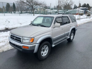 1997 Toyota 4Runner 4x4 Limited **Only 58,000 kms**
