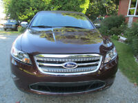 2011 Ford Taurus limited Berline
