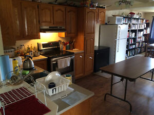 Room for rent $20/day Cornwall Ontario image 3