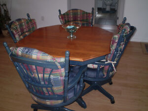 table, chaises, buffet