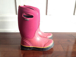 Washable Winter Rain Bogs Boots Size 4 Youth or ~5.5 Women