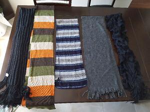 Foulard , casquette, sacoche et manteau