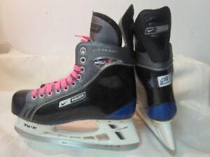 Men's/Senior Skates Size 6EE (Bauer Supreme Accel)