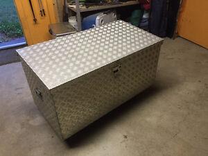 Aluminium Dry Box HD for a PU or RV