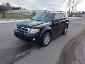 2008 Ford Escape XLT / NO ACCIDENTS / CERTIFIED / WARRANTY