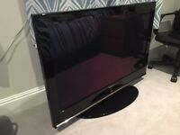 "Samsung 42"" Plasma TV HD Ready with freeview and 3 HDMI sockets fully working with remote and stand"
