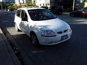 2008 Pontiac Wave Hatchback LOW KILOMETERS!! MUST SELL
