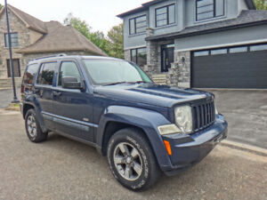 JEEP LIBERTY 2008 * NORTH *  4X4 AWD * AUTOMATIQUE * FULL ÉQUIPE