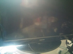 "32"" Mint condition Tv for sale!! Peterborough Peterborough Area image 1"