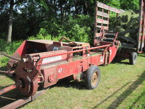 HAY BALER SMALL SQUARE WITH THROWER
