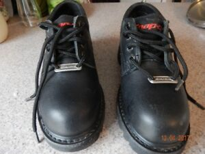 Snap On Steel toe work shoes